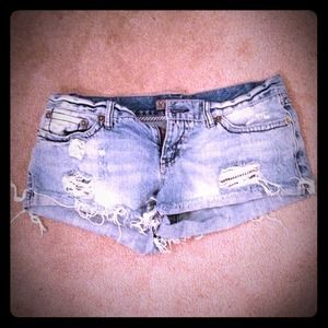 Denim - BOGO!! Ripped Denim Shorts