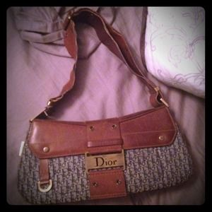 💥100% AUTHENTIC Christian Dior