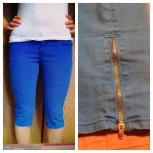 Denim - Blue denim capris