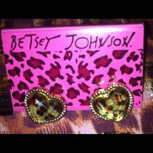 Betsey Johnson Jewelry - ❌SOLD❌Betsey Johnson earrings
