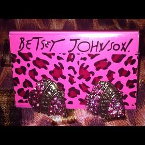 Betsey Johnson Jewelry - 💋SOLD💋Betsey Johnson earrings