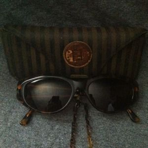 RETRO CHIC!!! Vintage Fendi Sunglasses