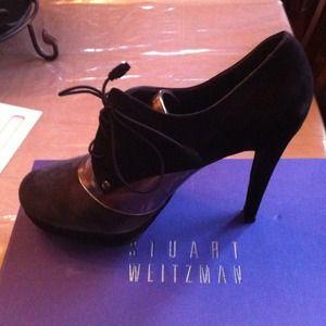 Stuart Weitzman tie heels