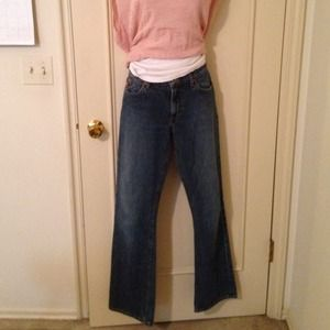 Guess27x32 med wash boot cut jeans