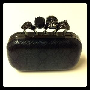 Clutches & Wallets - 💔Sold Out💔Knuckle Skull Clutch