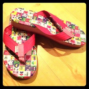 ALDO Shoes - ❌sold❌👣Hot Pink Flip Flops👣