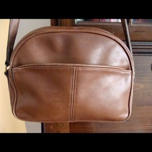 Vintage coach british tan leather crossbody purse