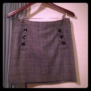 BANANA REPUBLIC checkered skirt. Never worn.