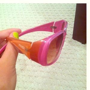 📣🎉REDUCED🎉📢 100% AUTHENTIC FENDI Sunglasses!