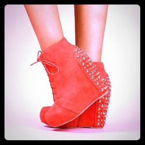 Boots - 💢Please READ Description💢Bootielicious Wedge