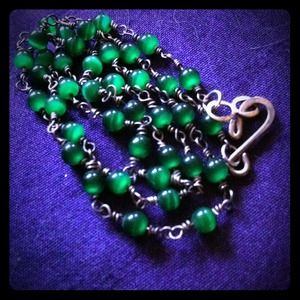Jewelry - 🍀 green beaded necklace