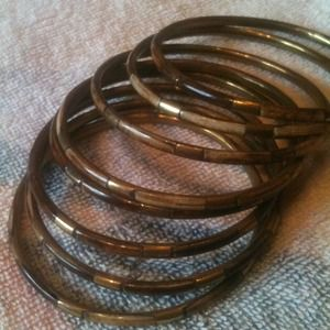 Jewelry - Brown bangles