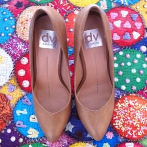 "DV by Dolce Vita Shoes - ⛔RESERVED⛔""Notty"" Nude Pumps 1"