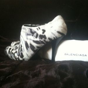New 💯 Authentic BALENCIAGA Booties