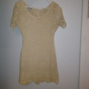 Short croshay beige dress