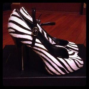 FOR STACEY Zebra Mohair Steve Madden Heels