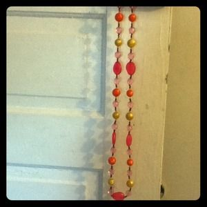 MULTI COLORED BEAD NECKLACE