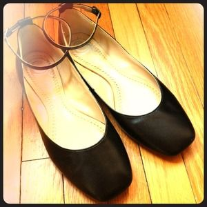 REDUCED! Black leather ankle strap flats