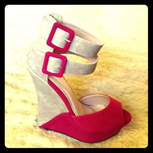 🎀khey's pick Shoes - 💢Please READ Description💢Allison's Wedge