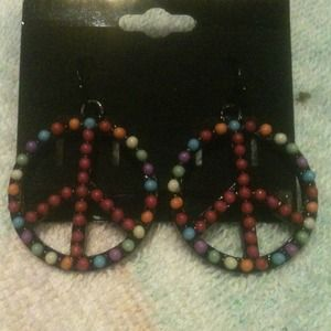 Jewelry - Multicolor peace sign dangles