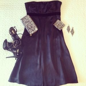 DATE NIGHT!! Gorgeous Black Silk Cocktail Dress