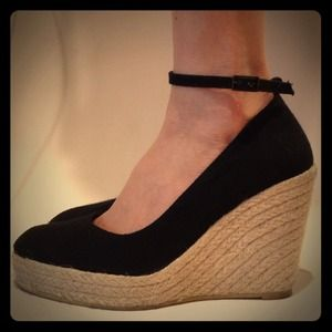 Zara Shoes - Zara Black Wedged Espadrilles
