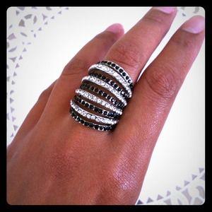 Black and white rhinestone ring