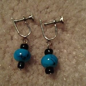 Jewelry - Clip on earrings