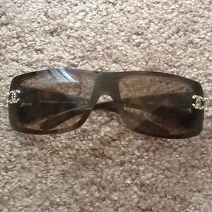 CHANEL Accessories - Chanel crystal CC sunglasses