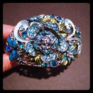 Jewelry - Blue floral cuff bracelet