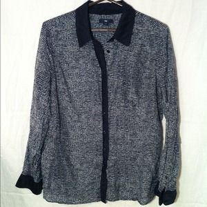 GAP Tops - RESERVED @dcb Gap Navy Blue and White Shirt