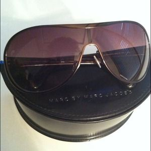 Marc Jacobs Accessories - Marc Jacobs Sunglasses