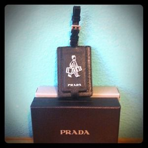 Prada Handbags - 🎁Great gift! PRADA leather luggage tag