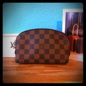 Louis Vuitton Clutches & Wallets - Authentic Louis Vuitton Damier cosmetic bag pouch
