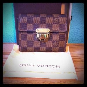 Louis Vuitton Clutches & Wallets - Authentic Louis Vuitton Damier Koala Wallet