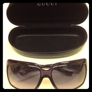 Gucci Accessories - ❌SOLD❌Gucci Purple Oversize Sunglasses