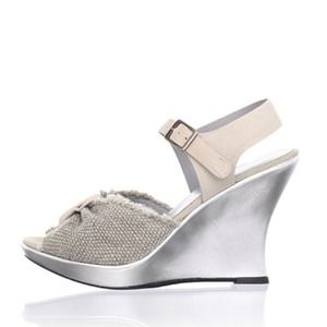 Nanette Lepore taupe & silver wedges