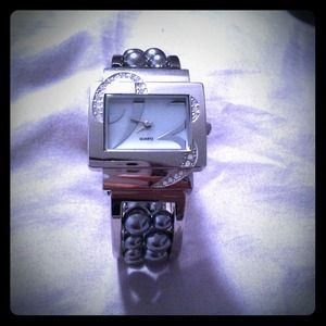 Jewelry - Gorgeous Watch! Silver/Cuffed/Beaded!