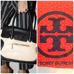 Tory Burch Handbags - 🔴SOLD🔴TORY BURCH Black Sahara Edye Bag