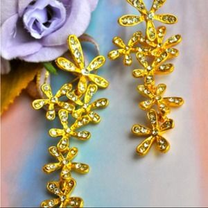 Jewelry - Promises are Golden Earrings