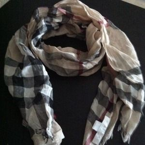 Burberry Other - Burberry children's scarf