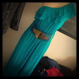 Dresses & Skirts - Long blue dress!!!