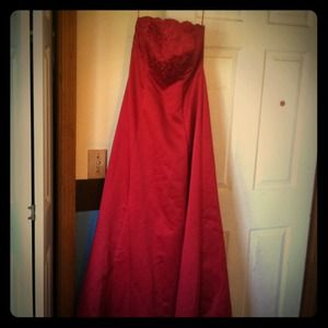 Red prom, wedding dress ..never worn