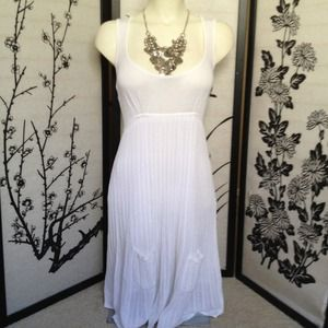 bebe Dresses & Skirts - SOLD Bebe white woven flowing summer dress Medium