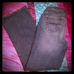 So Stretch Jeans size 7 medium wash flare