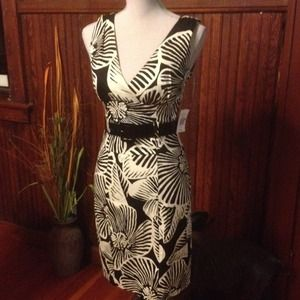 Dresses & Skirts - RESERVED TIL 8/31 NWT Black & White Print Dress