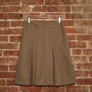 Banana Republic Dresses & Skirts - REDUCED: Banana Republic Skirt