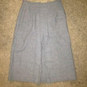 Dresses & Skirts - 💙Vintage Midi Wool Skirt