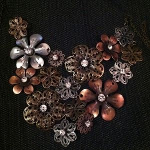 Jewelry - Gorgeous necklacereduced