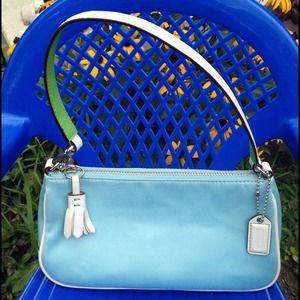 100% Authentic Like new Coach purse handbag